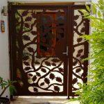 Maple Leaf Rustic Gate